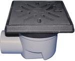 Wpust podwórzowy Perfekt DN110 z odejściem poziomym, ramą z żeliwa 260x260mm, kratką ściekową z żeliwa 226x226mm, klapą antyzapachową i koszem osadczym
